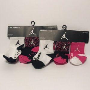 6b573c648 Kids Jordan Socks on Poshmark
